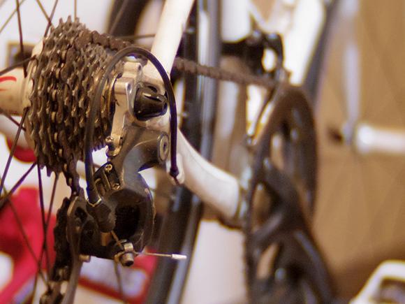 クロスバイクのescape airのコンポーネントを自力で改造した方が良い人、お店に任せた方が良い人