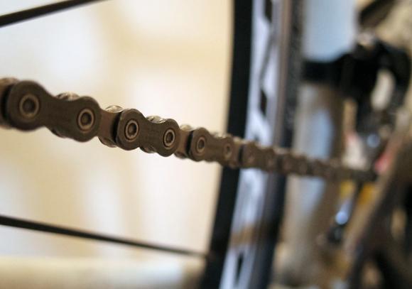 クロスバイクやロードバイクのチェーンはピカピカが良い