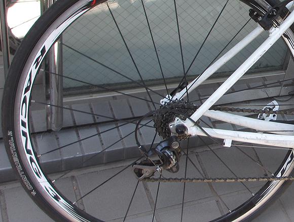 ロード用ホイールに交換した前後のクロスバイクの速度の比較