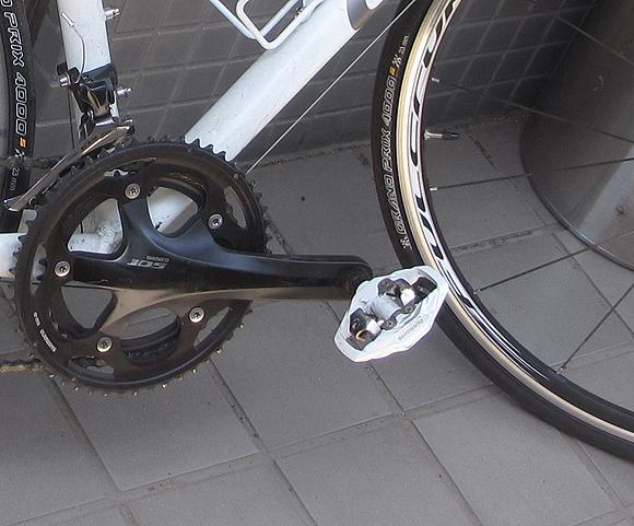街乗りクロスバイクにビンディングペダルは必要か?