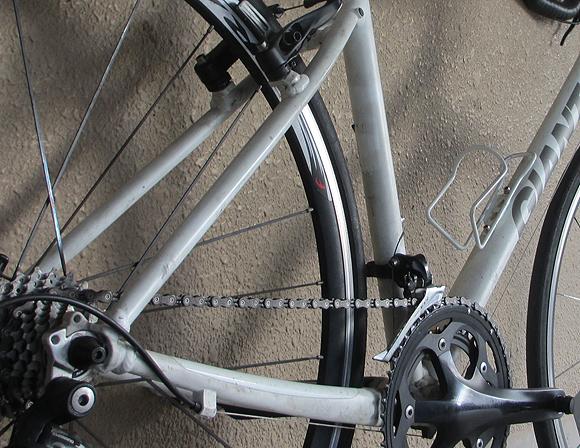 クロスバイクのESCAPE Airをカスタマイズすると速くなる