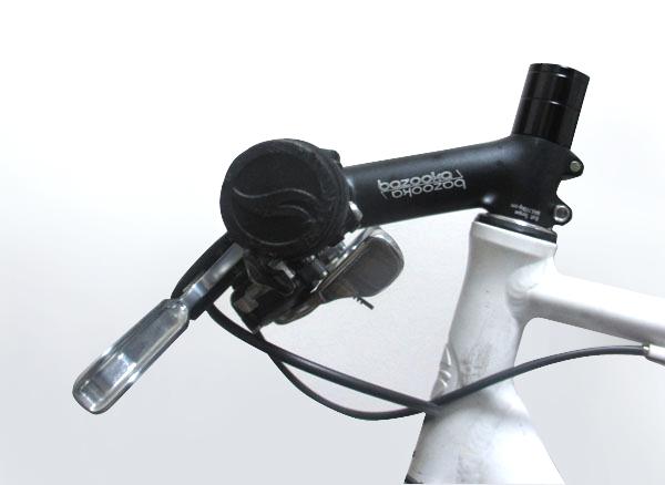クロスバイクのステムを交換して逆付け