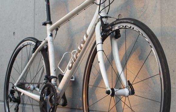 クロスバイクのESCAPE Airを買いに行く