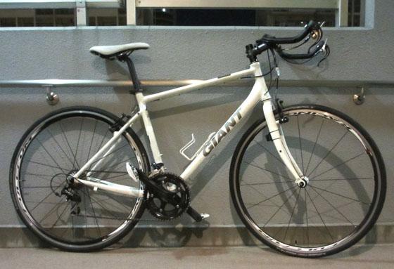 クロスバイクのサドルの高さを調整