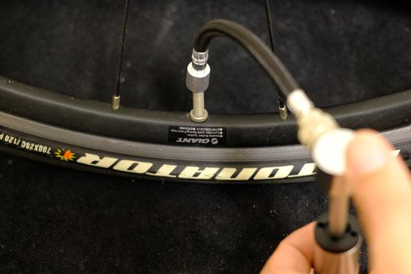 自転車用携帯ポンプair boneのレビュー