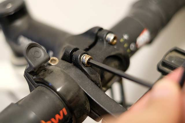ロードバイクやクロスバイクの修理料金・メンテナンス費を節約する方法