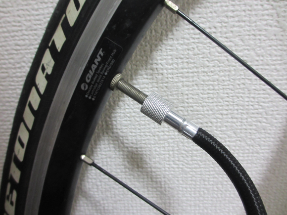compact bicycle pump airboneバルブ