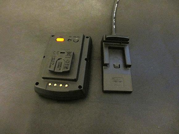 GPSサイクルコンピューターの電池はバッテリー式