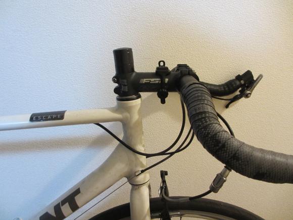 クロスバイクのステムを換装する方法