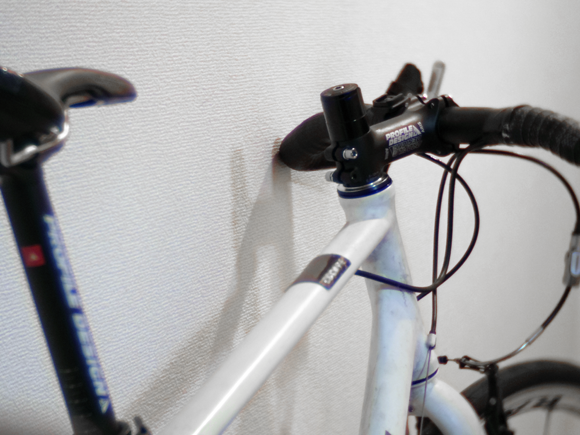 クロスバイクのコラムカット作業前