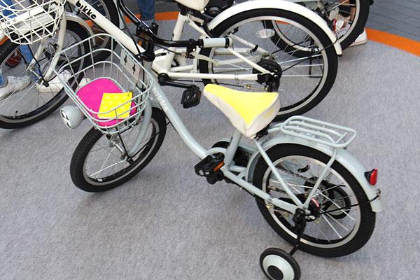 4歳の子供に自転車デビューをさせるために自転車を選ぶ