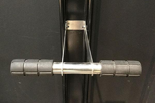 縦置き型の自転車ディスプレイスタンド