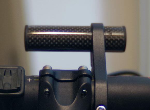 コンピューター/ライトマウントはスライド可能