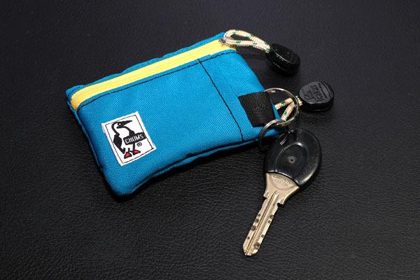 サイクリストおすすめの財布CHUMSのエコキーコインケース