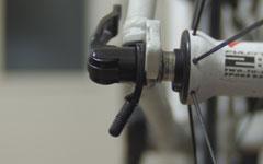 ロードバイクの見た目を損なわないスティック式の自転車スタンドupstandみたいなUL-Q4M