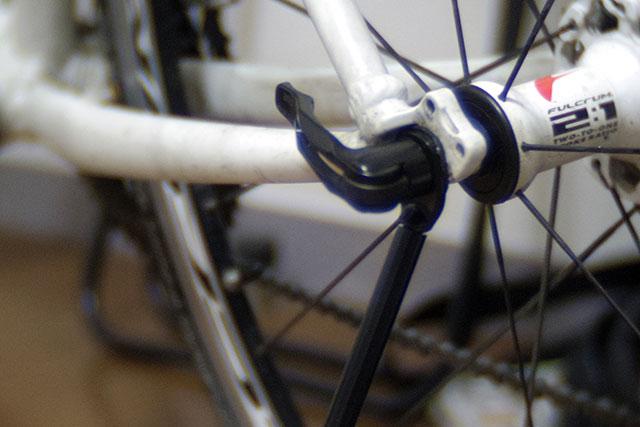自転車スタンドは無くても良いけど有った方が便利