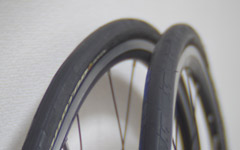 サイクリストがノーパンクタイヤを使用しない理由