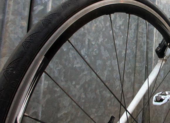 サイクリストがノーパンクタイヤを使用しない理由まとめ