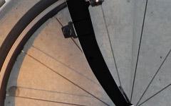 クロスバイク用にVブレーキ対応のカーボンフォークを探す