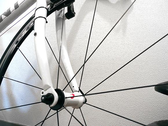 クロスバイクのタイヤとホイールの交換を激しくお勧めする理由