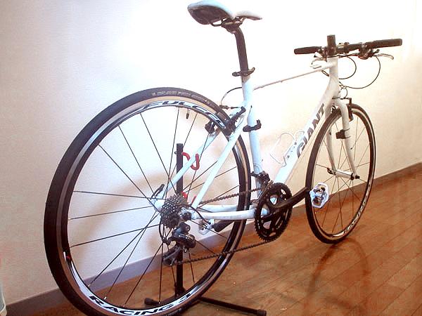 クロスバイクのタイヤを28Cから23Cにした結果