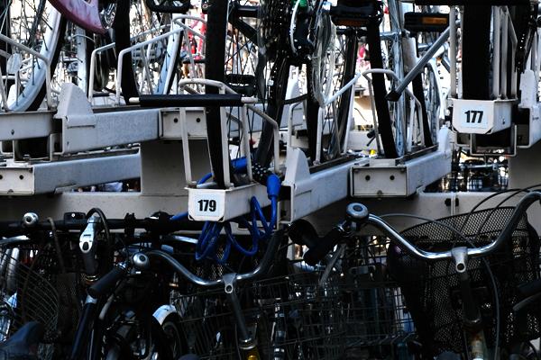 駐輪場上段は自転車が傷つきずらい<