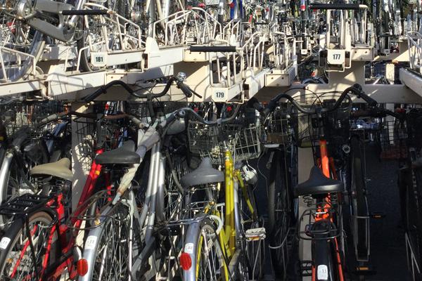 僕が駐輪場で上段に自転車を駐輪する理由