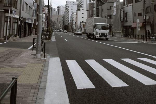 自転車走行で直線道路の信号は守るべきなのか?