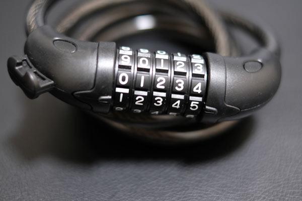 ダイヤルロックの番号は定番の番号1234や11111