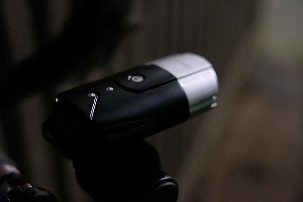 eyimoのタッチ型自転車ライトの試用レビュー