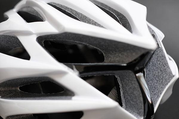 クロスバイクやロードバイク用に格安自転車ヘルメットは安全か