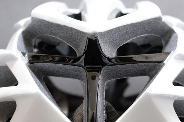 自転車用ヘルメットに関する主な安全規格と保険