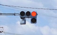 自転車で車道走行中に交差点の信号が変わるタイミングを知る方法
