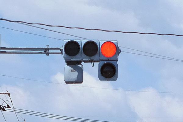 交差点に入る前に信号が変わるタイミングを知る方法