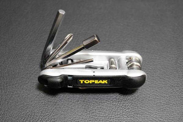 自転車用携帯工具のTOPEAKのヘキサス2