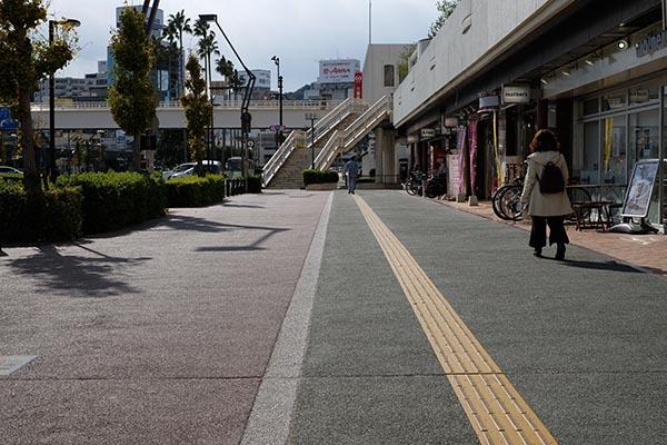 歩行者と自転車の通行区分がはっきりしている