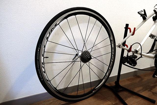 クロスバイクやロードバイクのパンク修理の方法