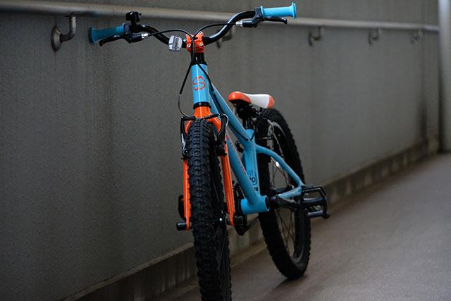 自転車は右レバーが前輪で左レバーが後輪が違和感を抱く理由