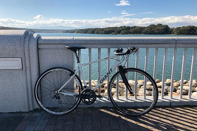 クロスバイクのフォークをカーボンフォークに交換した乗り心地の変化