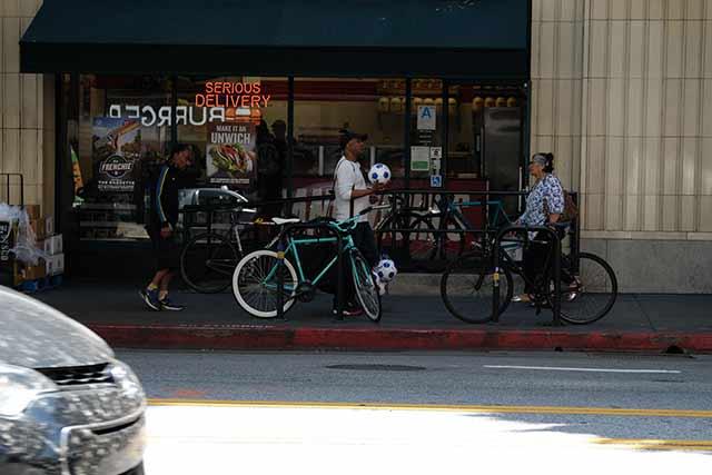 基本は自動車社会でも自転車の利用者も多い