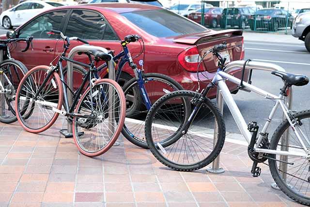 いろいろな種類の自転車がある