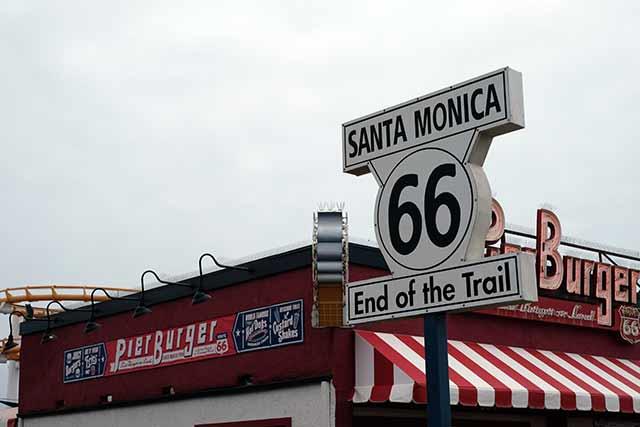 サンタモニカとは