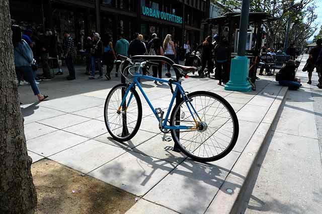 ロードバイクやシングルギアの自転車が多い