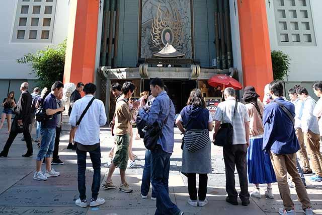 世界中からの観光客で溢れている