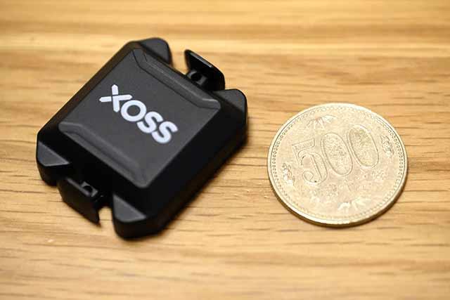 XOSSのケイデンスセンサー大きさ比較