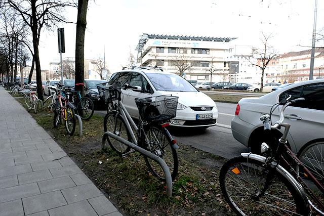 放置自転車は多い
