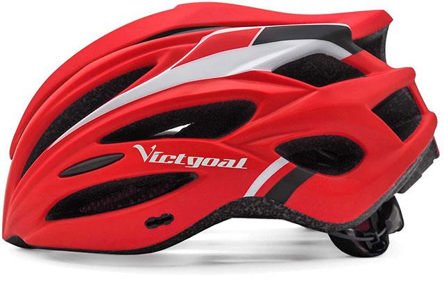 赤いヘルメット