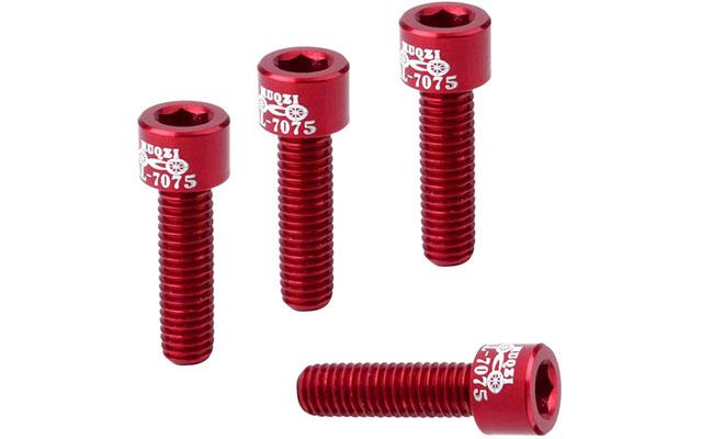 赤いボルト