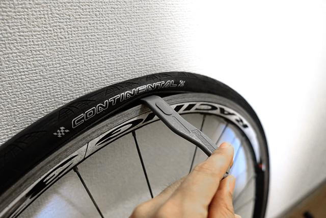 自転車のパンクを防ぐ乗り方